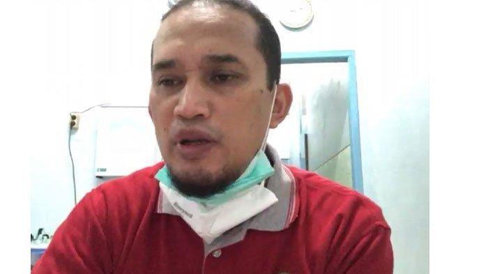 Viral Video Wakil Satgas Covid-19 Bukittinggi Ajarkan Putrinya Mengaji dari Kejauhan