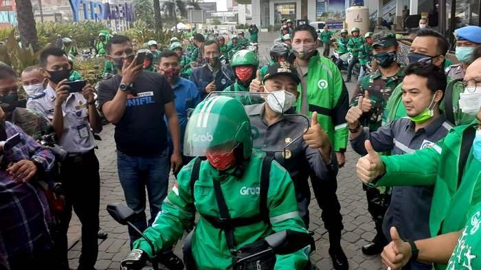 Pemerintah Kota Bekasi Memperbolehkan Ojol Bawa Penumpang, Gojek dan Grab Siap Melayani Kembali