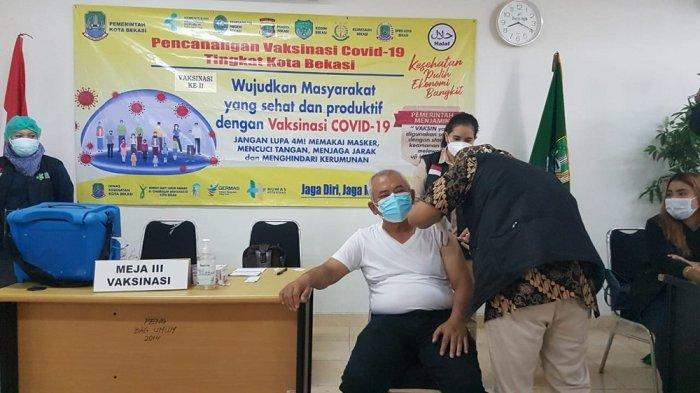 Wali Kota Bekasi Rahmat Effendi Lolos Tes Kesehatan, Sukses Divaksin Covid-19 Tahap Dua