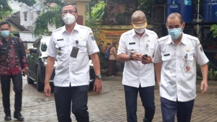 Wali Kota Jakarta Pusat Tinjau Pelaksanaan Uji Coba Sekolah Tatap Muka, Tanyakan Lebih Senang Mana?