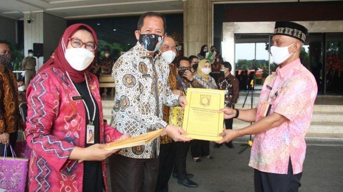 Terima SK Pensiun,25 ASN Pemkot Jakarta Utara Diimbau Jadi Panutan Masyarakat