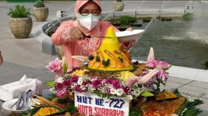 Risma Klaim Pengawasan Ketat Membuat Kecenderungan Kasus COVID-19 di Surabaya Turun