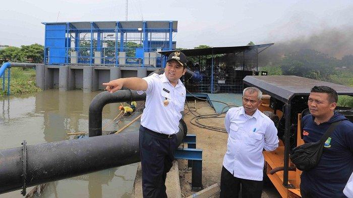 Curah Hujan Menurun, Pemkot Tangerang Lakukan Pompanisasi Atasi Banjir Parah di Periuk