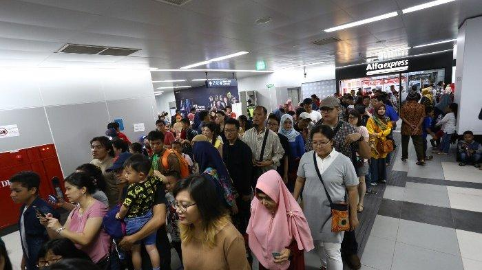 VIDEO: Padatnya MRT Saat HUT Jakarta