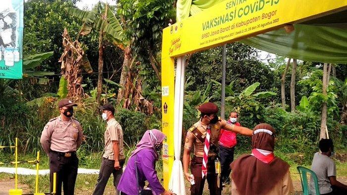 Percepatan Vaksinasi di Kabupaten Bogor, 1.406 Warga Parung Disuntik Vaksin Sinovac