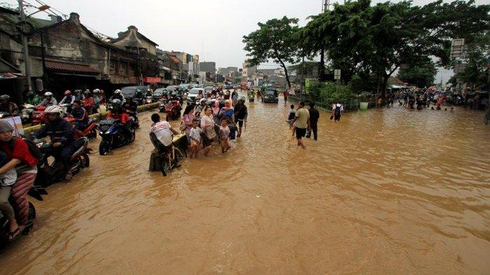 Alasan Banjir Jakarta Karena Mangkraknya Proyek Sodetan Kali Ciliwung Era Jokowi