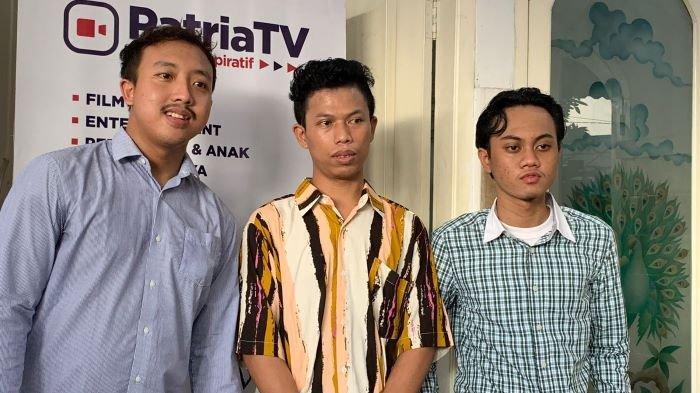 Alfin, Alfred dan Sepriadi, tiga personel Warkopi yang mirip Dono Kasino Indro, di kawasan Sawangan, Depok, Jawa Barat, Jumat (24/9/2021).