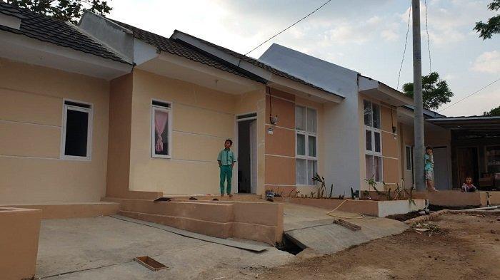 Program Satu Juta Rumah  Kementerian PUPR Dukung Tukang Cukur di Garut - warkot-pupr_05.jpg