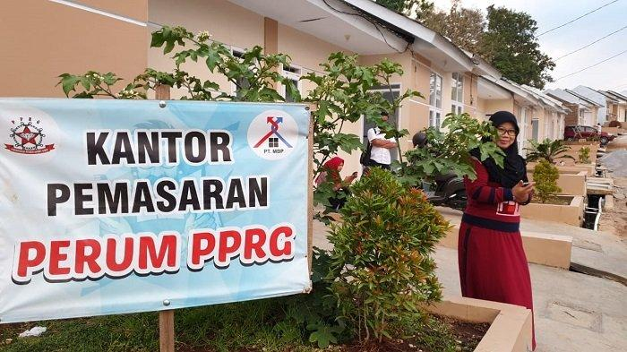 Program Satu Juta Rumah  Kementerian PUPR Dukung Tukang Cukur di Garut - warkot-pupr_06.jpg