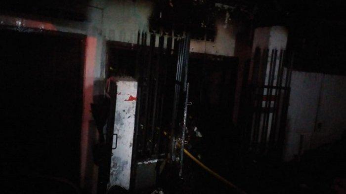 Kakek 70 Tahun Terlelap di Warungnya saat Kebakaran, Warga Berusaha Bangunkan Namun Api Membesar
