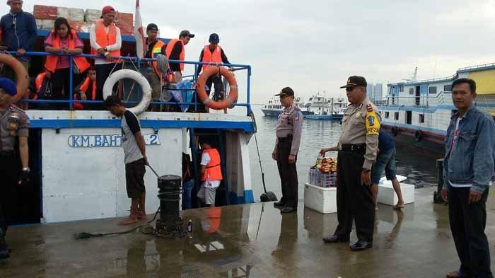 Puluhan Kapal di Dermaga Kali Adem Disiapkan Antisipasi Peningkatan Wisatawan ke Kepulauan Seribu