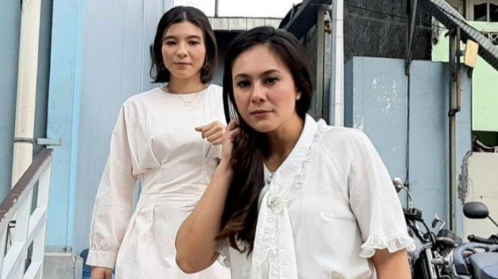 Wulan Guritno dan Shaloom Razade Syach, putri sulungnya, di TransTV, Jalan Kapten Tendean, Mampang Prapatan, Jakarta Selatan, Rabu (26/8/2020).