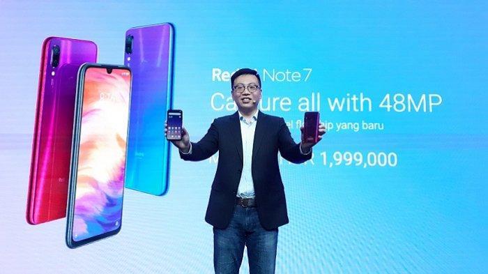Head of Southeast Asia, Country Head Xiaomi Indonesia, Steven Shi, memperkenalkan Redmi Note 7 dalam acara peluncuran Redmi Note 7 di Empirica, SCBD, Jakarta, Kamis (21/3/2019).