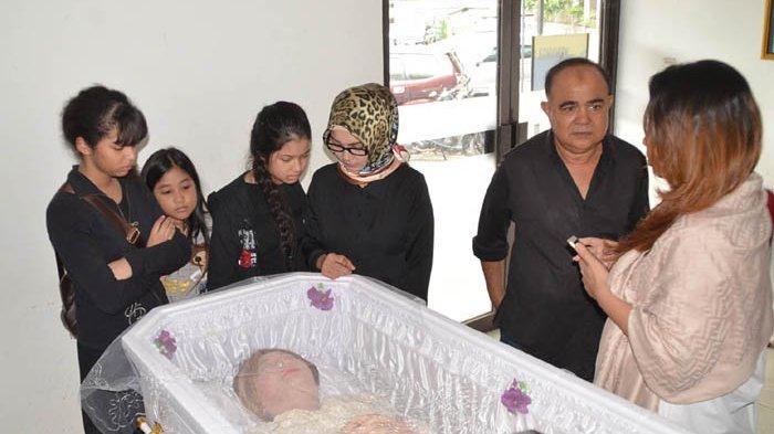 Putri Yana Zein: Semoga Mami Bahagia di Sana