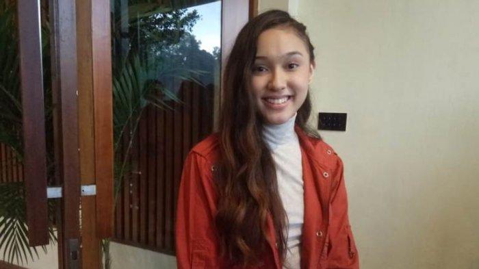 Dari Cameo, Yasmin Napper Kini Naik Kelas Setelah Memainkan Peran Utama di Film Ada Apa Cinta 2045