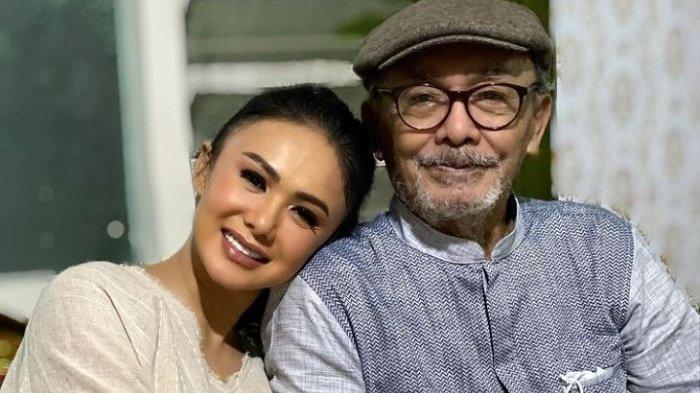 Unggah Foto Kenangan Terakhir Bersama Almarhum Ayah, Yuni Shara: Sugeng Tindak Papa Trenggono
