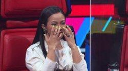 Yura Yunita Menangis Mendengar Suara Kontestan The Voice Kids Indonesia