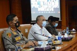 Ahmed Zaki Iskandar Resmi Tunda Pilkades Serentak di 77 Desa Kabupaten Tangerang