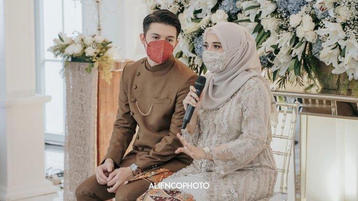 Zaskia Sungkar dan Irwansyah di acara tujuh bulanan kandungan anak pertamanya, Minggu (17/1/2021)