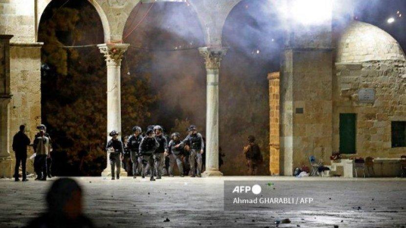 bentrokan-di-masjid-al-aqsa-yerusalem.jpg
