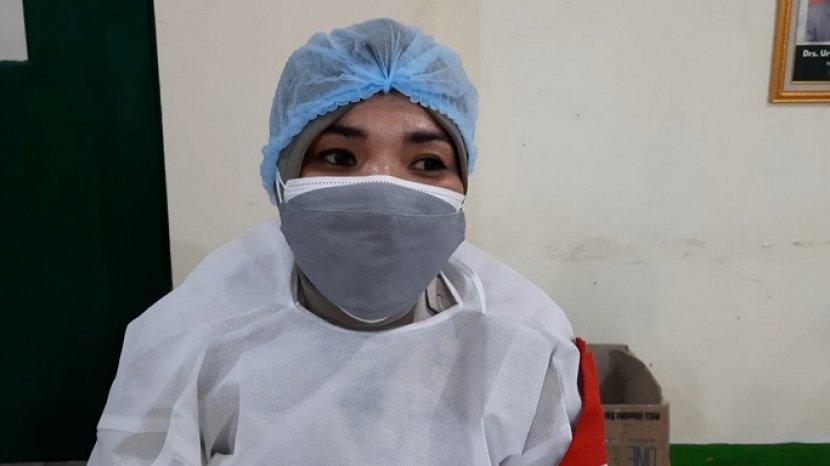 vaksinasi-covid-19-di-kampus-ibnu-chaldun-3.jpg