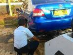 20150505photo-breaking-news-salah-parkir-lalu-mobil-ini-diderek-petugas_20150505_141211.jpg