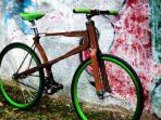 20150602-sepeda-kayu-matteo-zugnoni_20150602_081439.jpg
