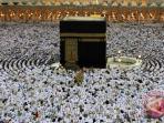 20150619-ibadah-umrah-dan-haji-di-masjidil-haram_20150619_080247.jpg