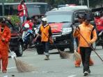 20150726jakarta-barat-belum-perlu-rekrut-petugas-kebersihan_20150726_083424.jpg