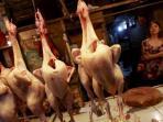20150806harga-daging-ayam-belum-turun_20150806_093609.jpg
