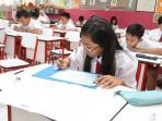 20160516-ujian-nasional-sekolah-dasar-sd1_20160516_120518.jpg