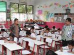 20160516-ujian-nasional-sekolah-dasar-sd_20160516_120312.jpg