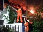 20160630-kebakaran-kelapagading_20160630_000918.jpg