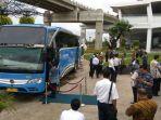 20161205bandara-soetta-tingkatkan-pelayanan-pemadu-moda-transportasi-bus_20161205_124007.jpg