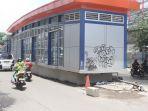 20170217berita-foto-halte-transjakarta-jadi-korban-corat-coret_20170217_170422.jpg