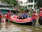 20170221ratusan-rumah-di-depok-terendam-banjir1_20170221_175048.jpg