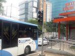 20170508video-ini-dia-uji-coba-pt-transjakarta-di-koridor-13-tendean-cileduk_20170508_093716.jpg