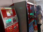 20170523berita-foto-pt-kcj-tambah-vending-machine4_20170523_162444.jpg