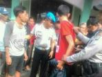 20170727pemuda-hendak-transaksi-narkoba-di-parung-bingung-depok-dibekuk_20170727_152005.jpg