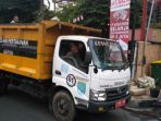 20170823-truk-sampah-depok_20170823_164722.jpg