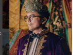 20170908-laudya-cynthia-bella-dan-pria-asal-malaysia-bernama-engku-emran3_20170909_163202.jpg