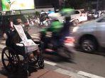 20171006video-meski-terduduk-di-kursi-roda-idan-enggan-berpangku-tangan_20171006_125056.jpg
