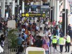 20171127berita-foto-bandara-bali-ditutup-pelayanan-bandara-soetta-normal6_20171127_173836.jpg