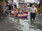 20180215tegal-alur-darurat-banjir-puluhan-rt-belasan-rw-lumpuh7_20180215_144931.jpg