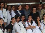 20180305berita-foto-finalis-putri-indonesia-pun-dibekali-cegah-korupsi3_20180305_212320.jpg