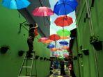 20180313berita-foto-ini-dia-kampung-kreatif-kampung-payung-warna-warni4_20180313_054206.jpg