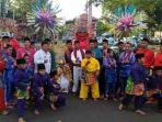 20180415anak-anak-sanggar-si-pitung-kenalkan-tradisi-sunatan-betawi_20180415_091521.jpg