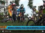 20180531video-menunggu-berbuka-puasa-dengan-bersepeda-di-gunung_20180531_172824.jpg
