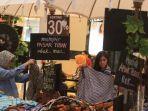 20180629buruan-borong-koleksi-batik-karya-anne-avantie5_20180629_185524.jpg