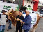 20180814komix-serahkan-sapi-kurban-satu-ton-untuk-warta-kota_20180814_185345.jpg